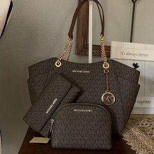 New MK 3 PCS set♥️ bag, wallet, make up bag brown